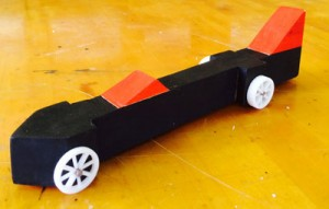 Students design 3D-printed wheels for CO2 cars.